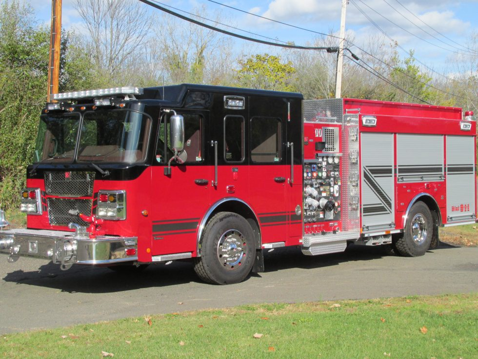 Side mount CAFS pumper on a Custom Chassis